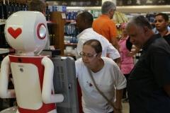 Robô Interativo do Supermercado Zona Sul - Rio de Janeiro- RJ